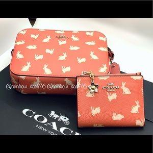 Coach camera bag & wallet set (bunny script print)